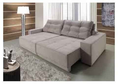 Conjunto estofado Sofá 2 e 3 lugares. Com assentos retrateis e encostos reclináveis.